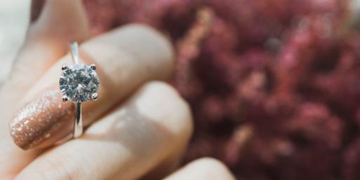 Ist Ihr Ring zu groß? Die besten Tipps zur Schmuckänderung